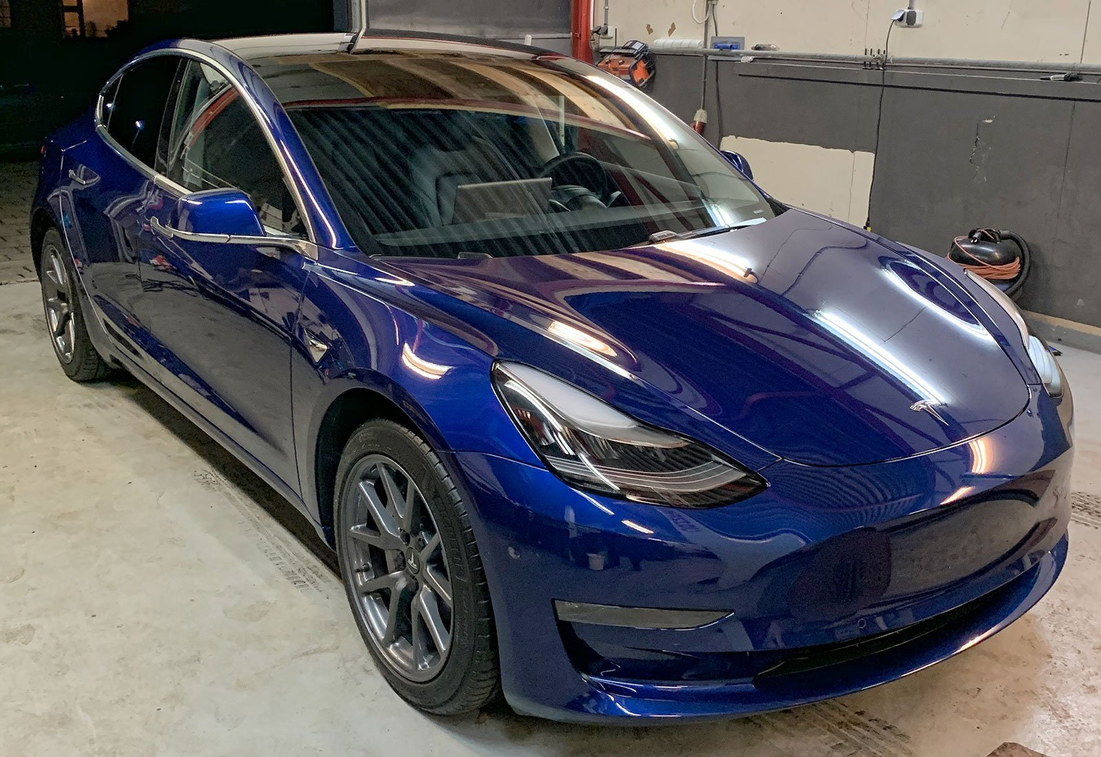 Tesla lak problemen?